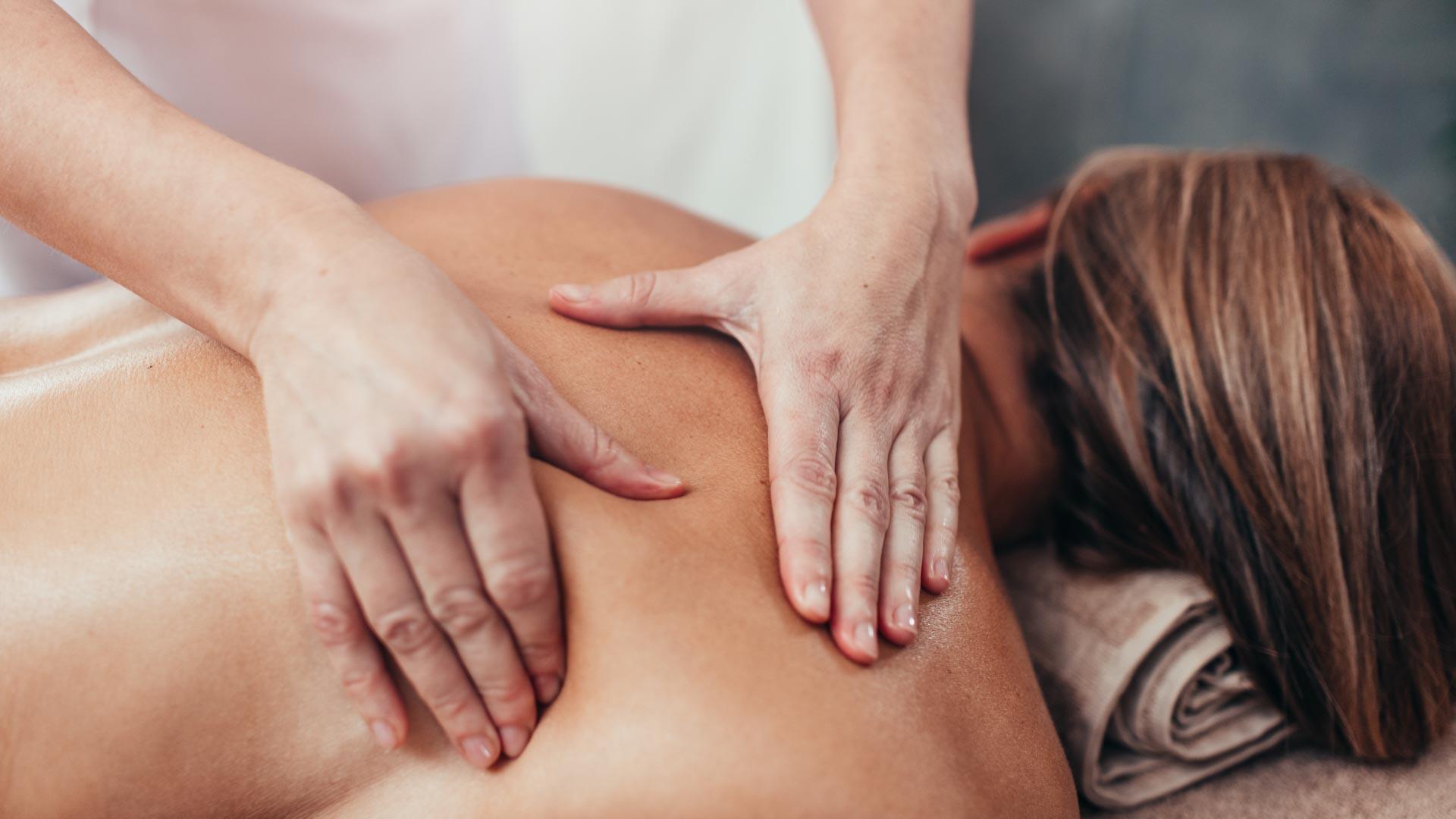 Wellnessmassage für den Rücken